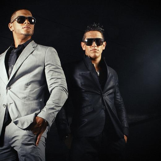 Dyland y Lenny en Evento 40 2012.