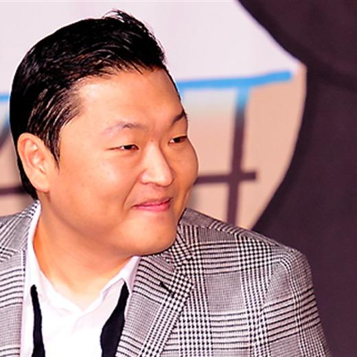 Psy gana 500 millones de visitas