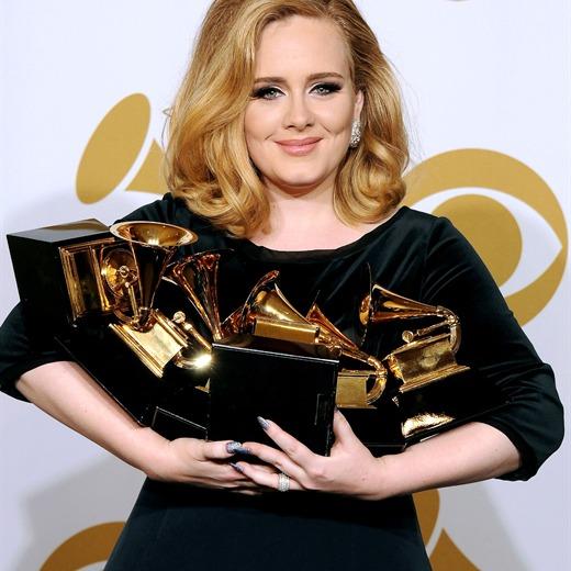 Adele regresará en octubre