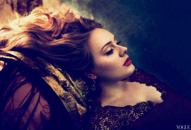 Adele regresó con disco nuevo y 68 kg menos