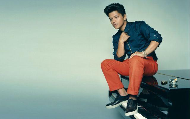 Bruno Mars lanza nuevo álbum este año