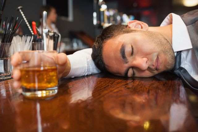 10 cosas que no debes hacer cuando estas pasado de copas