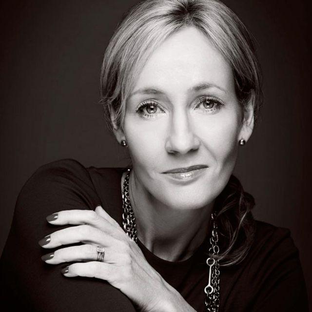 ¡Gran corazón! J.K.Rowling ayuda a los fans de Harry Potter