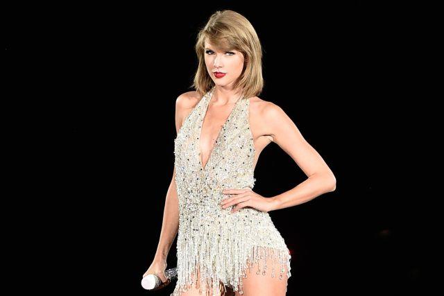 Taylor Swift estrena mansión de cuentos de hadas