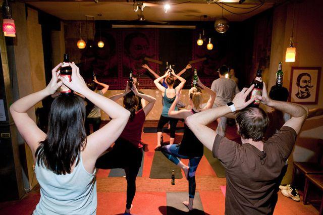 Beer Yoga: la excusa perfecta para beber cerveza y mantenerse fitness