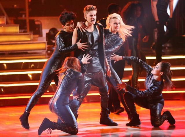 Aprendé a bailar con el coreógrafo y los bailarines de Justin Bieber