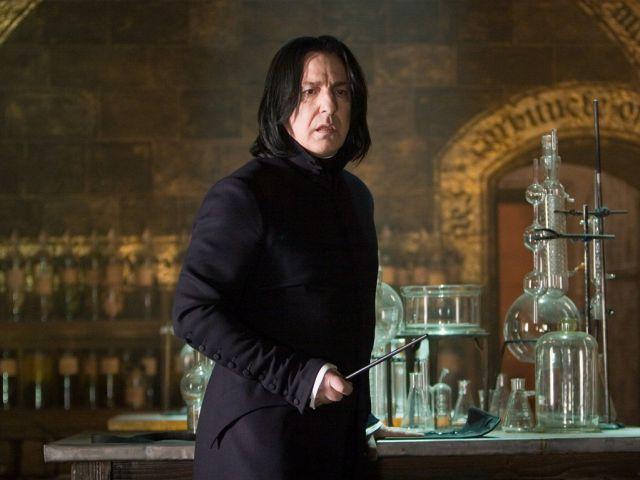 J. K. Rowling pidió perdón por matar a Severus Snape