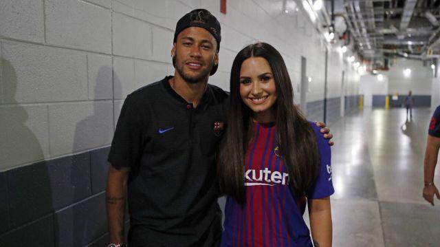¡Al fin! Neymar conoció a Demi Lovato