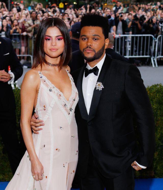 Selena Gomez le pide disculpas a The Weeknd por su ruptura