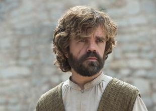 El actor que interpreta a Tyrion Lannister dió detalles de la última temporada.