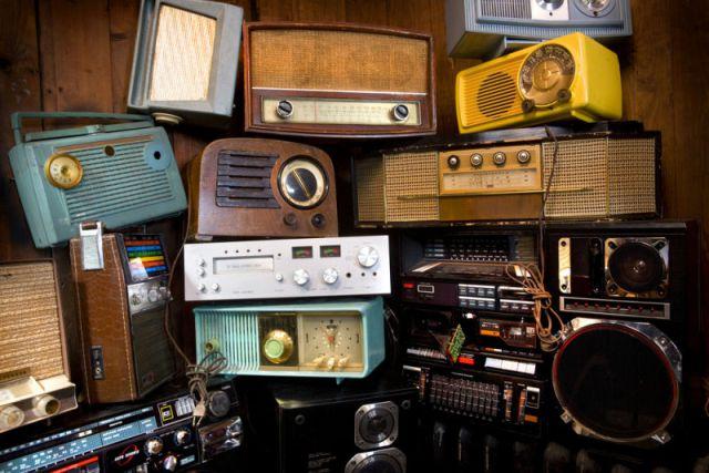 ¿Por qué celebramos el Día de la Radio?