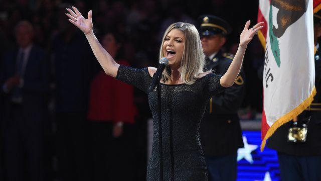 Todos se burlan de la presentación de Fergie en los 'NBA All Stars'