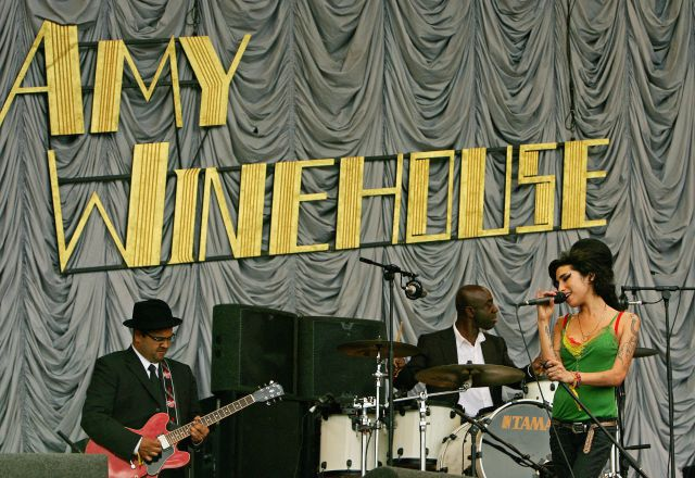 Salió a la luz una nueva canción de Amy Winehouse