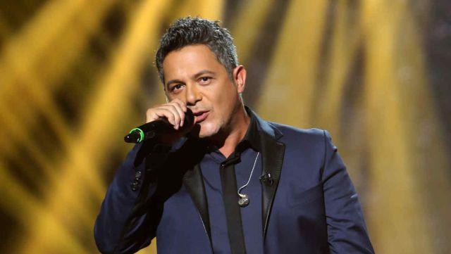 Alejandro Sanz ofendido porque Maluma cantó una de sus canciones