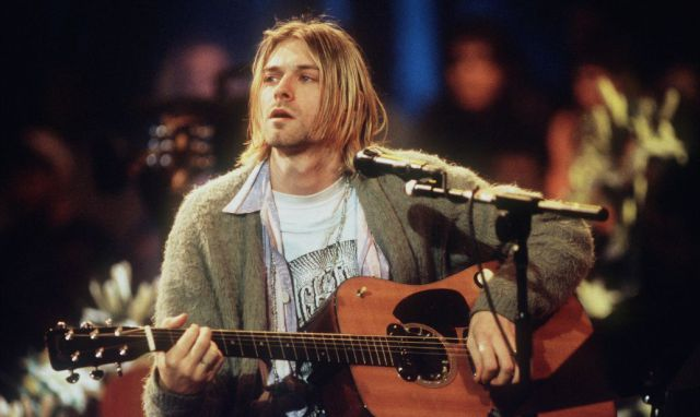 Por su divorcio, la hija de Kurt Cobain perderá valiosa guitarra