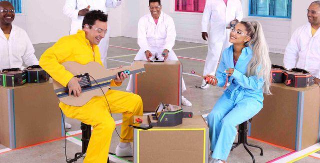 Ariana Grande y Jimmy Fallon crean música con Nintendo Labo