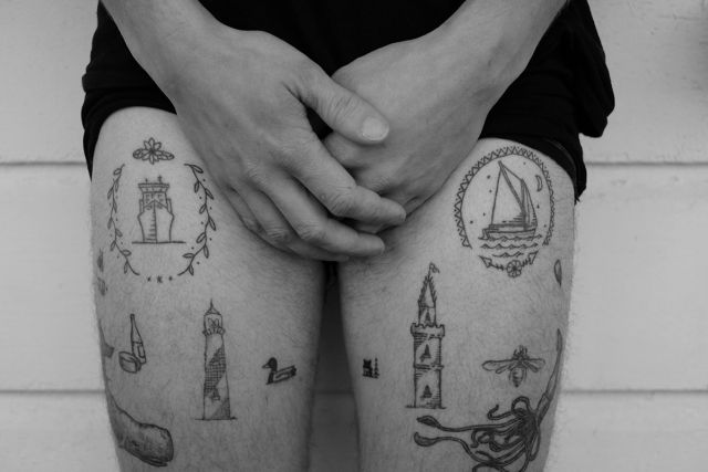 Hand poked, la nueva moda para tatuarse sin dolor