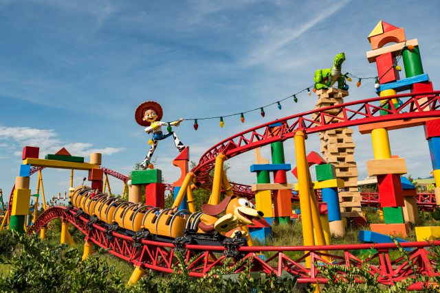 ¡Ya inauguraron Toy Story Land!
