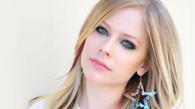 Avril Lavigne se declara fan de Ariana Grande