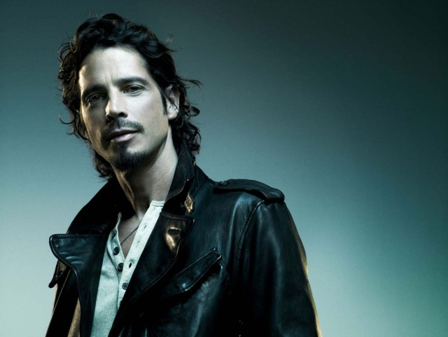 Levantaran estatua de Chris Cornell en Seattle