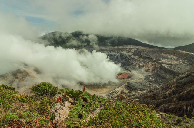 ¡A turistear! El Parque Nacional Volcán Poás reabre sus puertas