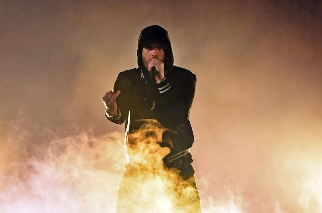 Eminem estrena video oficial de