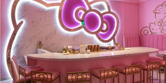 Te vas a enamorar de la nueva cafetería de Hello Kitty