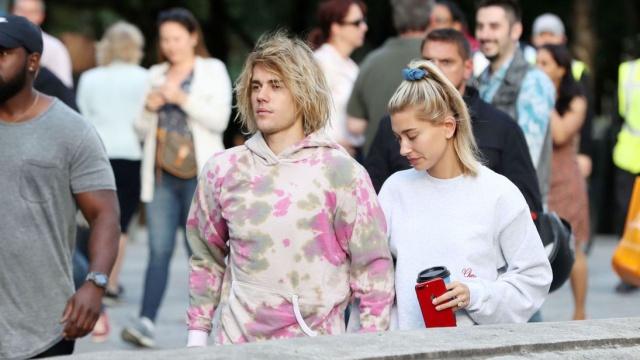 Justin Bieber da romántica serenata a su esposa Hailey Baldwin