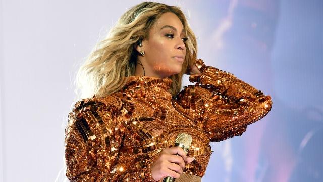 Ex baterista de Beyoncé la acusa de usar magia negra en su contra