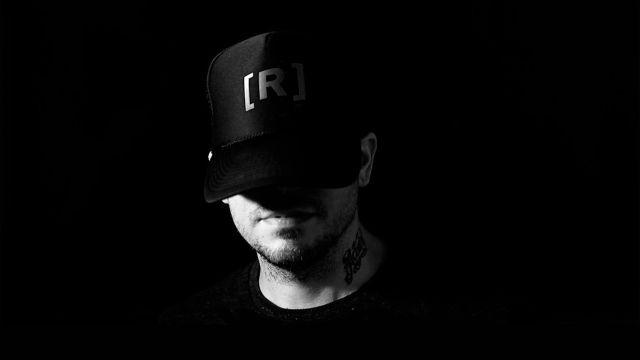 Residente lanza nueva canción por YouTube