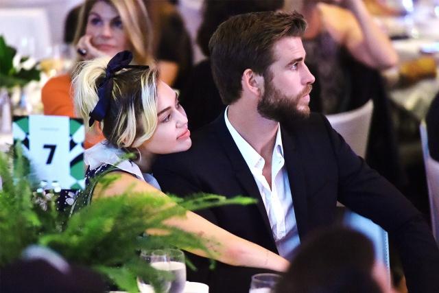 Miley Cyrus y Liam Hemsworth muestran fotos de su mansión quemada