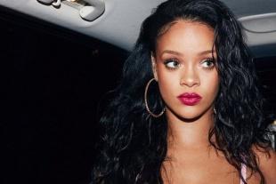 Te contamos el motivo por el que Rihanna demandó a su papá