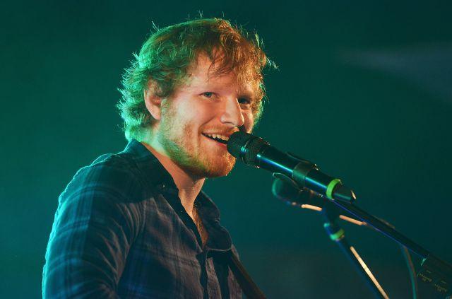 Te vas a enamorar cuando escuchés a Ed Sheeran cantando en italiano