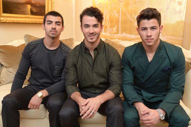 ¡Cada vez más cerca! James Corden estuvo con los Jonas Brothers y confirmaron su regreso
