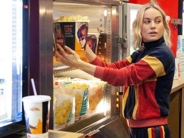 ¿Imaginás que en el cine la Capitana Marvel te venda palomitas de maíz?