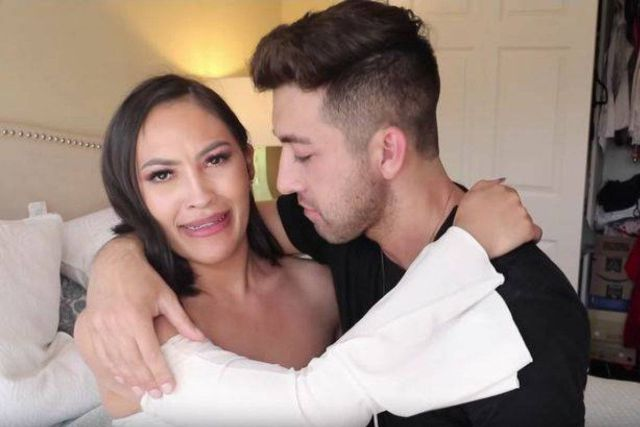 Youtuber besó a su hermana para obtener más visualizaciones