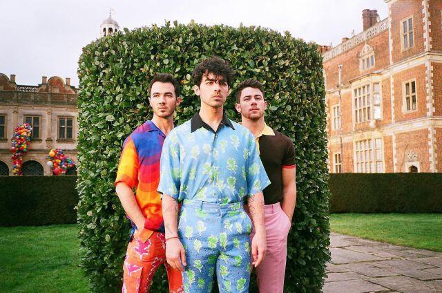 Los Jonas Brothers anuncian el nombre de su próximo álbum: