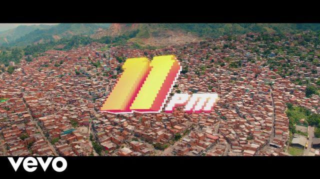 Maluma publicó el disco 11:11 y el video 11 PM
