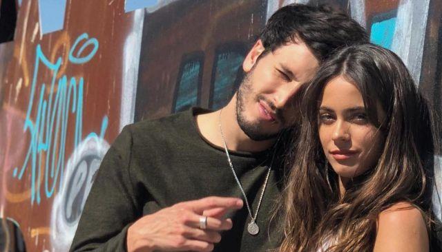 Sebastián Yatra confirmó su relación con Tini Stoessel