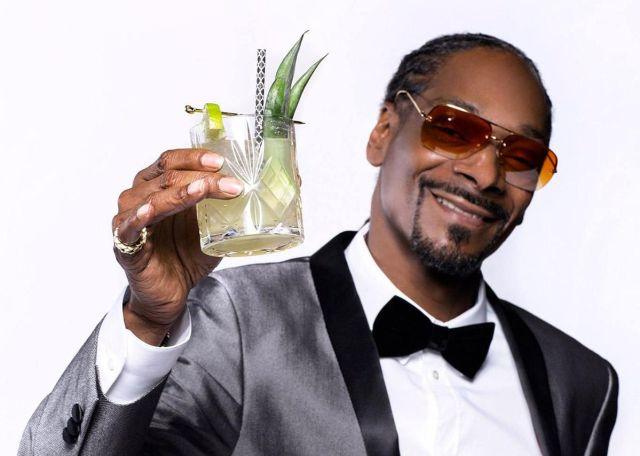 Snoop Dogg tiene un asistente únicamente para armar sus cigarrillos