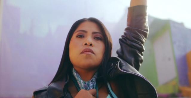 Yalitza Aparicio es protagonista en el nuevo video de Mon Laferte y Guaynaa