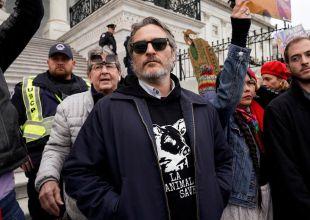 Al estilo 'Guasón': Arrestan a Joaquin Phoenix por defender sus principios