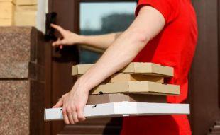 Hombre recibe por 9 años pizzas que no ordenó