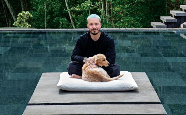 J Balvin presenta su casa a prestigiosa revista de arquitectura