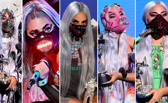 Lady Gaga reinventa el uso de las mascarillas con sus looks