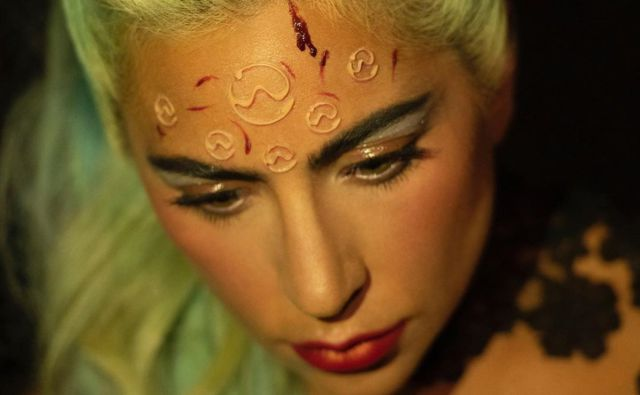 Las mejores reacciones a 911, el nuevo video de Lady Gaga